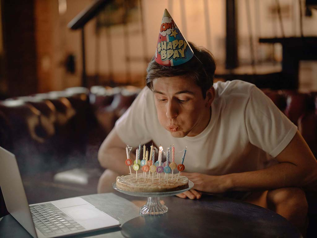 Tips To Create Funny Birthday Video For Your Loved Ones